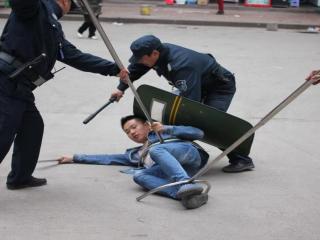 宣汉职中举行防暴力安全演练