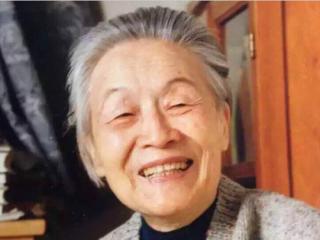 杨绛先生遗体27日在北京火化 生前财产悉数捐赠国家