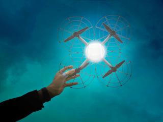 超级碗黑科技启示:无人机快递、空中广告及集群控制应用