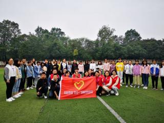 黄水镇志愿团队进高校 科普防治结核病知识