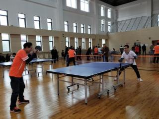 盛乐社区举办乒乓球友谊赛