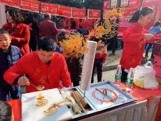 民俗鬧春 社區居民樂享文化惠民活動