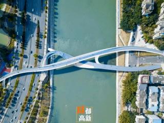 """每晚上千人打卡,五岔子大桥到底""""红""""在哪里?"""