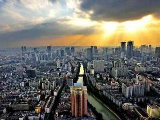 鼓励国际中小企业来蓉发展 成都市设立每年5000万元招引专项资金
