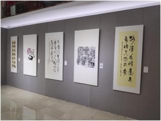 致敬抗疫英雄 成都展出293件美术作品