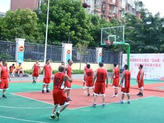 """""""爱成都·迎大运""""  成都丹景街道首届篮球争霸赛开打"""